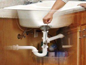 Un furet pour déboucher un évier