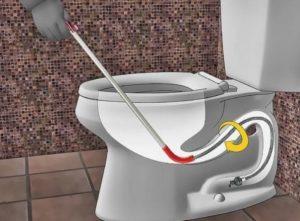 Utiliser un furet pour déboucher les WC